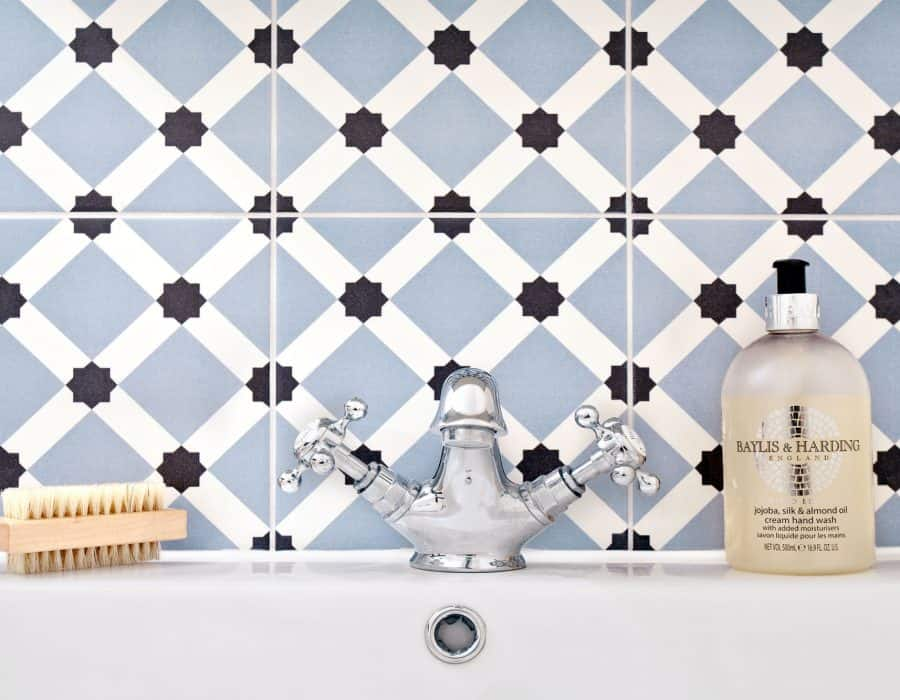 Image: Traditional ensuite in a Grade II listed cottage