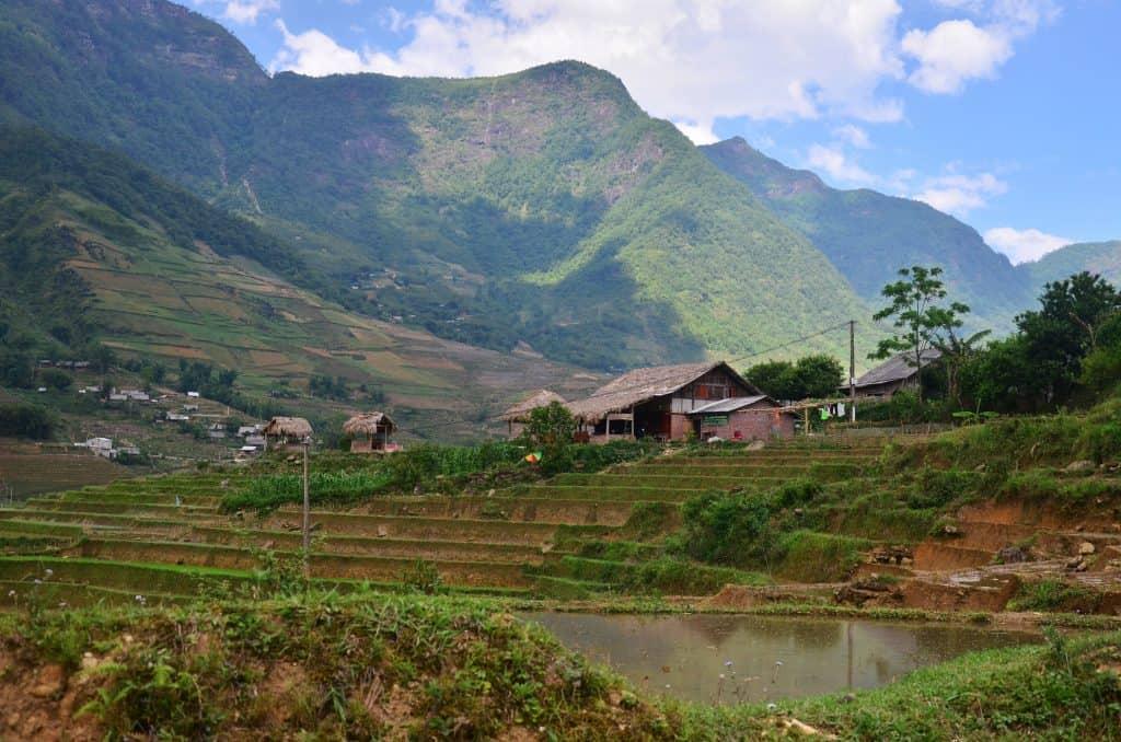 sapa hiking vietnam on a cambodia and vietnam tour