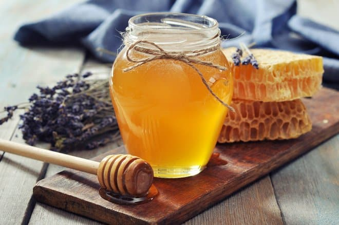 The Many Uses of Manuka Honey for Wound Healing & Skin Conditions