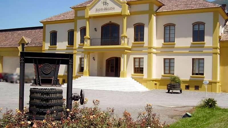 vina-santa-helena-wineries--800x450.jpg