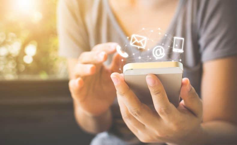 4 Ways an Online Brand Community Enhances Your Marketing Stack