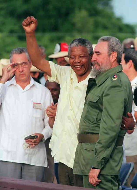 Mandela with Fidel Castro   colorblind