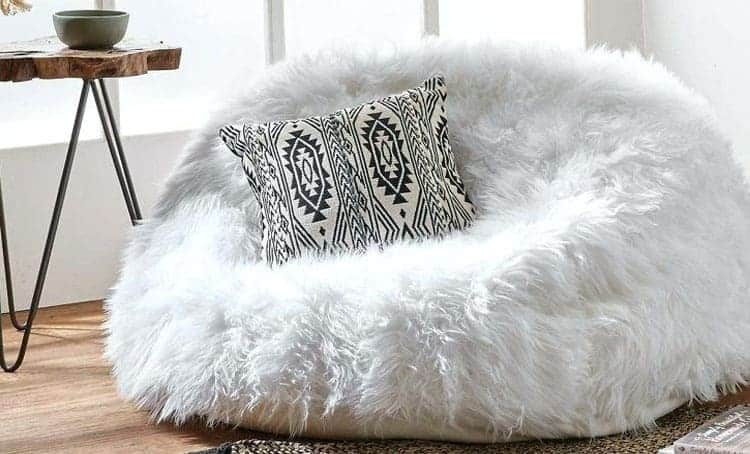 *NEW* COMFORTABLE SOFT FUR BEAN BAG XL! Perfect For Gaming And Relaxing!!!!!!!