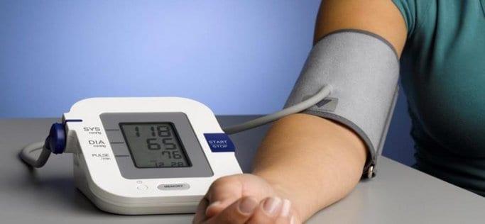 سعر جهاز قياس ضغط الدم في النهدي افضل انواع الاجهزة من الصيدلية