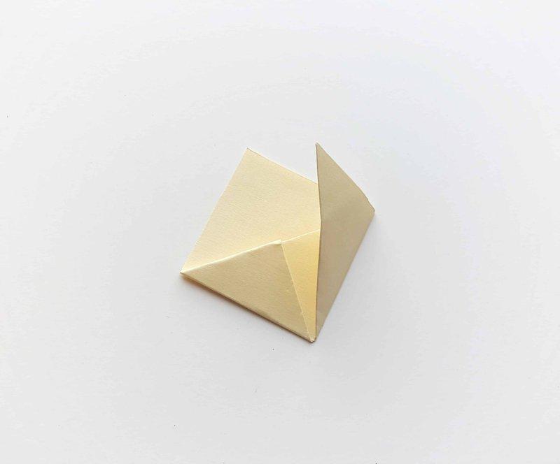 Étape (6) marque-page de coin de licorne bricolage