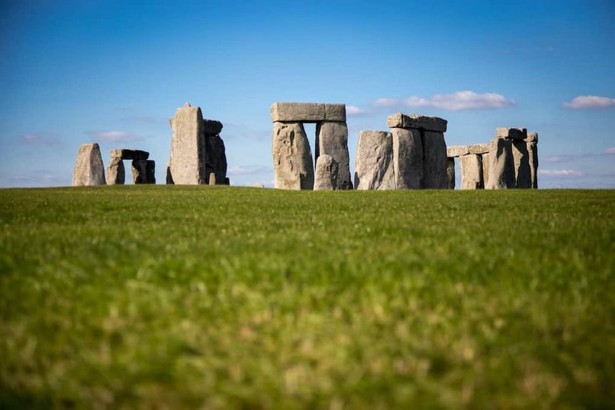 Stonehenge in Salisbury UK - Best UK Travel Itinerary for Two Weeks