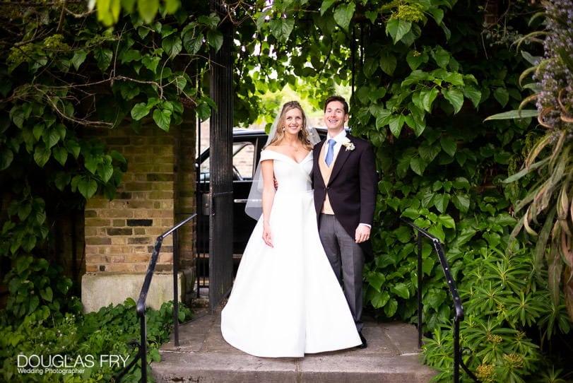 wedding photograph at Chelsea Physic Garden