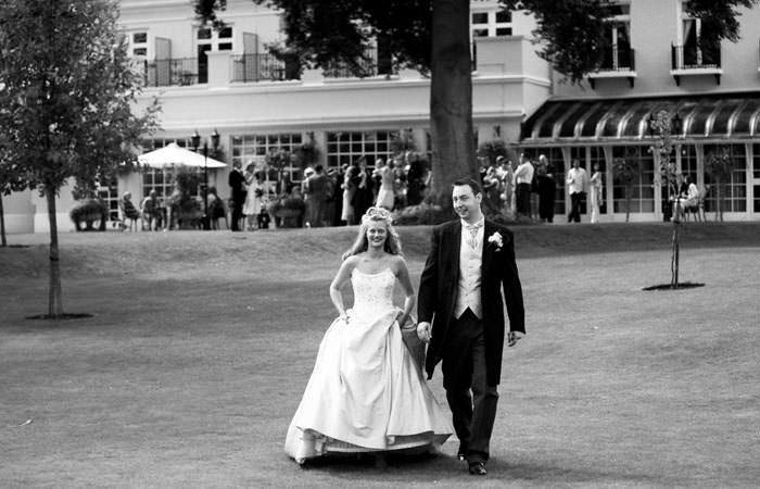 Carol and Simon's Wedding Photographed at Phyllis Court Club in Henley-On-Thames 1