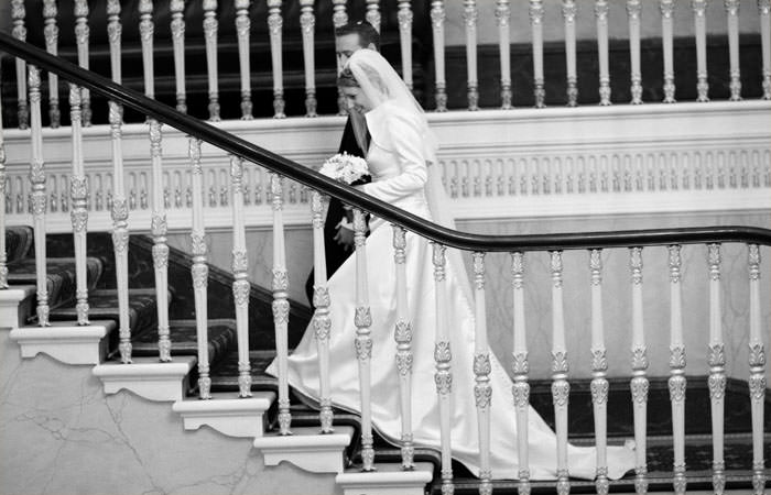Wedding Photographer at South Hampstead Synagogue and the Institute of Directors, IoD, London for Emma and Robin 2
