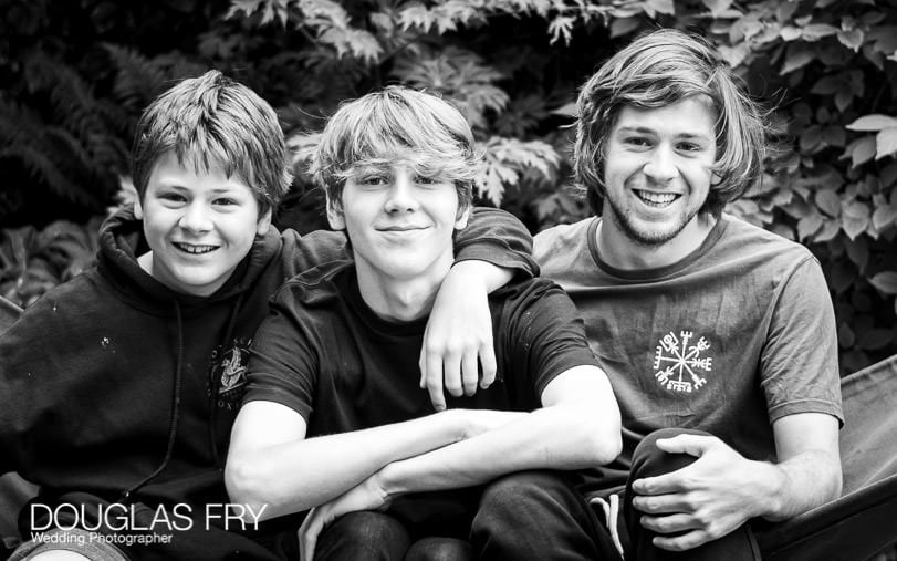 Family photographer - teenagers - brothers together in Oxford