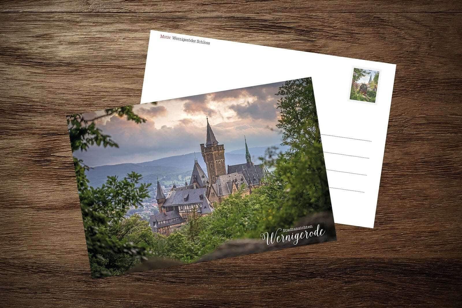 Postkarte: Schloss im Sommer