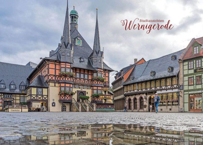 Rathaus im Regen   Postkarte   Stadtansichten Wernigerode