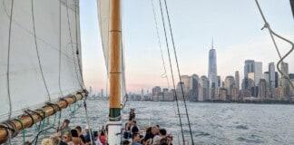 Classic Harbor Line Boat Cruises